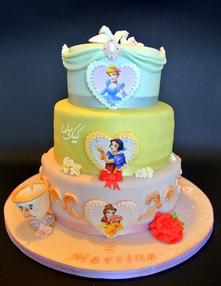 Three-Layer-Disney-Princess-Cake